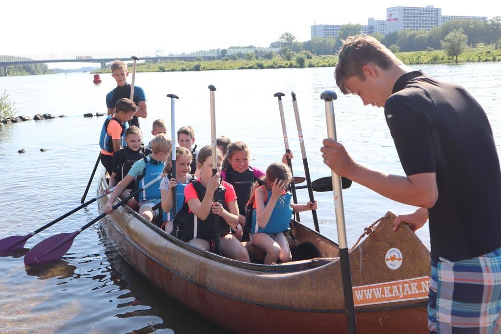 Kayak Experience Canadees